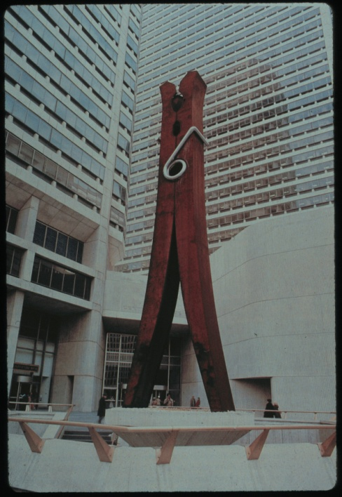 C. Oldenburg, Clothespin