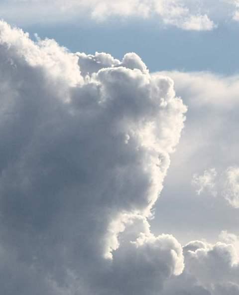 gunillas utställning och moln 040